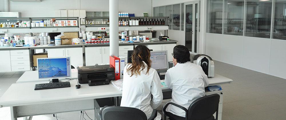 Tintas Barbot, Barbot, I&D Barbot, Tintas, Centros de investigação, Laboratório Tintas Barbot, Investigação e Desenvolvimento